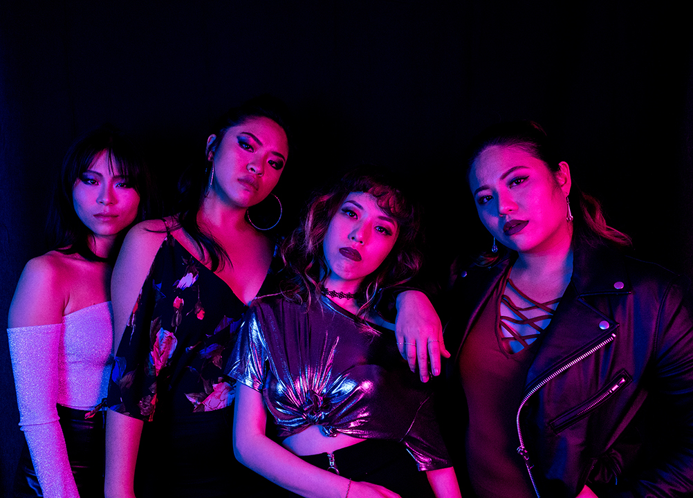 GirlsclubAsia-Music-CrinkleCut-Malaysia-Neon 2 (Photo by Noqizo)