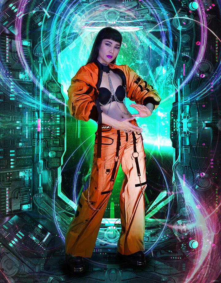 Girlsclub-Asia-music-CZARINA.Space.orange_small