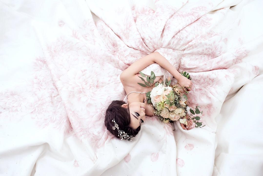 girlsclubasia-Ira Carella-Handpainted Dress 01